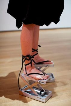 Quirky Shoes You Should Definitely See! Crazy High Heels, Crazy Shoes, Me Too Shoes, Weird Shoes, Quirky Shoes, Unique Shoes, Weird Fashion, Fashion Shoes, Fashion Outfits