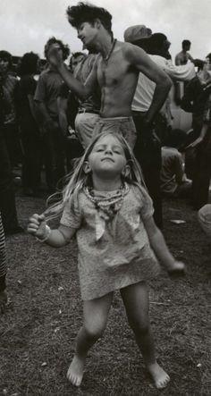 feel the music girl, feel it!