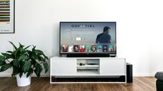 Best video streaming services in the US: Your complete guide Netflix may be one of the more popular video streaming services in the US, but it's certainly not the only option available. We will readily admit that Netflix is one… Smart Tv, Smart Home, Smart Watch, Apple Tv, Tv Samsung 4k, Samsung Galaxy, Hardware E Software, Site Pour Film, Lg 4k