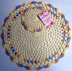 Ref: 005- Jogo americano em crochê-Cru com colorid