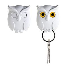 nice Night Owl Keyring Holder by Qualy Design Studio. White Color. Cool Home Decor. Unusual Wall Decoration. Unique Gift.