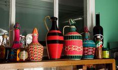 Vases Carafes Scoubidou Accumulation Paris Appartement Alix Thomsen