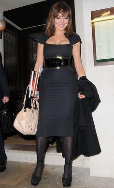 Curvy Woman Black Dress Wide Black Belt Black Tights and Black High Heels Sexy Older Women, Sexy Women, Carol Vordeman, Carol Kirkwood, Secretary Outfits, In Pantyhose, Nylons, Femmes Les Plus Sexy, Mature Fashion