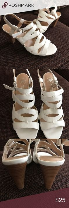 Strappy white low heel Vegan leather 'Carley' NEW The perfect white strap he heals for comfort! These are super comfortable with a very low heel brand-new never used 8M Mootsies Tootsies Shoes Sandals
