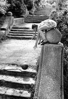 "Gennady Bodrov ""The old stairs"" 1978 World Photography, White Photography, Fine Art Photo, Photo Art, Vintage Photographs, Vintage Photos, Black N White Images, Black And White, Photo Elements"