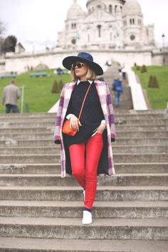 coat, blonde, fashion blog, blue hat, look zara, abrigo Zara, gafas de sol retro, white sneakers, street style, pfw, paris, blue sweater, tr...