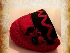 Red Wool Cat Bed JUMBO Size... Scarlet Rose by FELTBYNARELLE