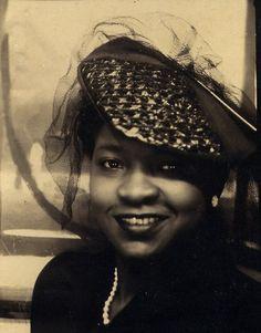 c.1930 love the hat !