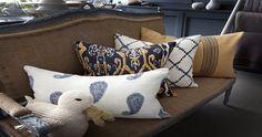 Picking the Right #Cushions for Your #Home  #MaddHome #HomeDecor #MaddHomeBlog  Check Out @ http://blog.maddhome.com/picking-the-right-cushions-for-your-home/