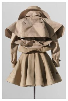 By Undercover - Jun Takahashi. Raincoat Outfit, Hooded Raincoat, Textiles, Fashion Art, Womens Fashion, Fashion Design, Jun Takahashi, Tailored Jacket, Raincoats For Women
