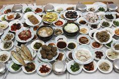 Korean Dishes, Korean Food, Food Design, K Food, Food Art, Table D Hote, World's Best Food, Asian Recipes, Ethnic Recipes