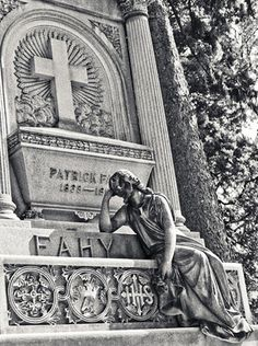 Holy Sepulchre Cemetery – Rochester, New York | Atlas Obscura