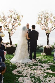 To see more details of this wedding: http://www.modwedding.com/2014/11/01/elegant-orange-county-wedding-sarah-k-chen-photography/ #wedding #weddings #wedding_ceremony