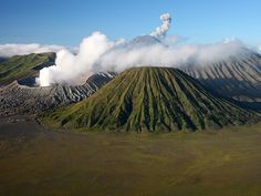 indonesia pictures   photographed in May of 2007 using a Canon 5D camera and Canon 28-135mm ...