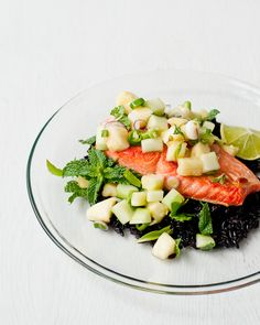 Cafe Johnsonia: Salmon with Thai Pineapple-Cucumber Salad | cafejohnsonia.com