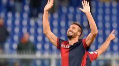 Delusione Pavoletti, il Napoli pensa già alla cessione Leonardo Pavoletti non si è inserito a Napoli. L'attaccante livornese, acquistato a gennaio dal Genoa, ha pagato qualche infortunio e la competitività dell'attacco azzurro. Cessione probabile in esta #calciomercato #genoa #napoli #pavoletti