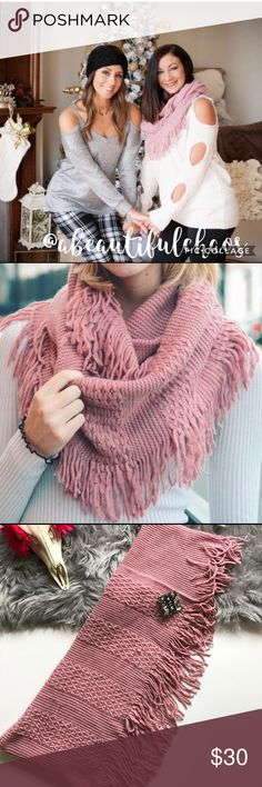 MaUvE KnIt InFiNiTy ScArF WiTh FrInGe A ShopWila favorite!!! Guaranteed to keep your neck warm during the upcoming winter months!!! WILA Accessories Scarves & Wraps
