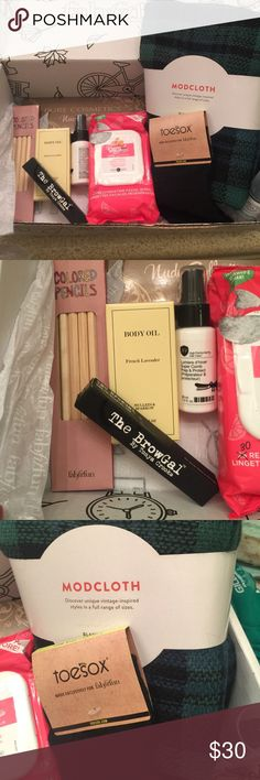 Fat fitfun box Hair primer mini spray, scarf, toe socks, lavender oil, night serum, color book and color pencils, face wipes, eyeshadow palette and eyebrow mascara. retail of items over 80.00 Accessories