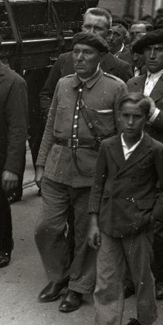 1932. Guardia Rural de Donostia-San Sebastián. Fictional Characters, War, Safety, Fantasy Characters