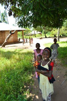 mollyinkenya:    Village life in Bomani, Kenya. Photography by mollyinkenya.