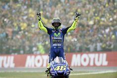 Valentino Rossi imparte cátedra en la Catedral de MotoGP 2017