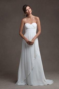 A-Line/Princess Strapless Sweetheart Court Train Chiffon Wedding Dress
