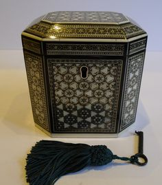 Rare Early 19th Century Anglo-Indian Ivory & Sadeli Mosaic Tea Caddy c.1820 // An exquisite example of an Anglo-Indian Sadeli Mosaic single compartment tea caddy dating to around 1820, in superb condition. Rarely seen in this eight sided shape, in fact I can't remember if I have had one this shape before. The ancient art of Sadeli Mosaic is said to have been introduced from Shiraz in Persia via Sind to Bombay // Price £3,675 //  - Maria Elena Garcia -  ► www.pinterest.com/megardel/ ◀︎