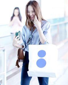 ~ 〔160701〕• Beijing Airport heading to Korea ✈ Cr: KissSoo #fx #에프엑스 #크리스탈 #정수정 #krystal #soojung #krystaljung #jungsoojung