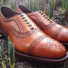 Allen Edmonds Cap Toe Brogue | every man should know the difference between Brogue and Oxfords | re-pinned | follow me on www.twitter.com/aperfectmale