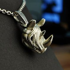 Download on https://cults3d.com #3Dprinting #Impression3D 3D printed the Rhino Pendant, Genghis