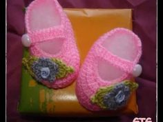 Tutorial Zapatos Bebé Crochet o Ganchillo Baby Shoes (English Subtitles) - YouTube