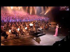 Don't cry for me Argentina - Tina Arena et les 2000 choristes - Amnéville (10/2011) - YouTube