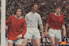 6th September 1969; Jack Charlton stalking the penalty are covered by Manchester United duo John Fitzpatrick and Alan Gowling, at Elland Road. Leeds United, Manchester United, Jack Charlton, September, The Unit, Couple Photos, Couple Shots, Leeds United F.c., Man United