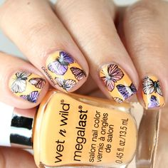 Colores de Carol: Wet n Wild Sun Settle Down (Nail Art)