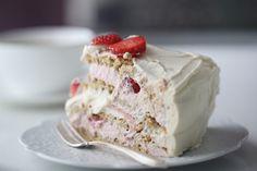 Marengskake med jordbær - Bakelyst