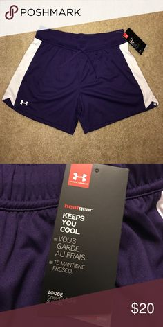 Women's Under Armour Shorts Loose fit. Heat gear. 4.5 inch inseam. Third photo shown for fit-- no maroon available. Under Armour Shorts