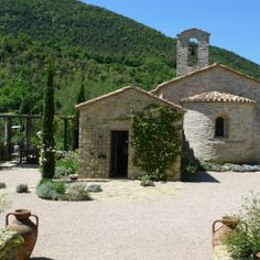 A view of Chiesa del Carmine where we hold our luxury painting holidays in Italy with a difference.