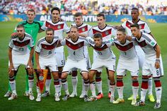 JULY 13: Germany pose for a team photo prior to during the 2014 FIFA World Cup Brazil Final match between Germany and Argentina at Maracana on July 13, 2014 in Rio de Janeiro, Brazil.