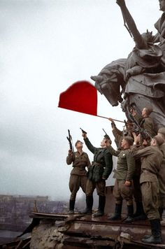 """demons: """"Red Army troops celebrating as their flag flies over Berlin. Berlin, Colorized Photos, Soviet Army, War Photography, Red Army, History Photos, World History, Ww2 History, Military History"""