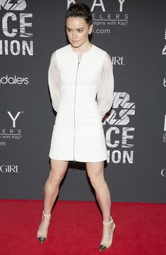 "Red Carpet Newbie #DaisyRidley Stuns in a Modern White David Koma Dress and Gianvito Rossi ""Anais"" Pumps at #StarWars Force 4 Fashion -Go #Rey"