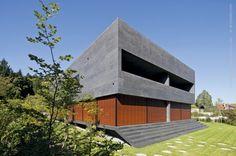 http://www.archdaily.com/231681/kastanienbaum-twin-houses-lussi-halter/