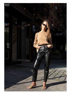 Three Looks with Doria Santlofer - DORÉ Fashion Story, Love Fashion, Autumn Fashion, Doria, Women Friendship, Fashion Editor, Fall Wardrobe, Piece Of Clothing, Old Women