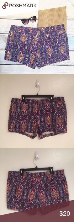 """JC PENNY Plus Size Purple Paisley Print Shorts JC Penny plus Size Purple Paisley shorts. Size 16. Perfect for spring and summer. Measures 19.5"""" flat at waist and 3.5"""" inseam. #jcp #plus #plussize #purple #paisley #shorts #color #statement #punkydoodle  No modeling Smoke free home I do discount bundles jcpenney Shorts"""