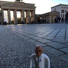 Gestern Wiesbaden - heute Berlin #Berlin #BrandenburgerTor #prodente #BrandenburgGate