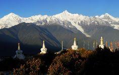 Sunrise at Taizi Monastery - Tibet
