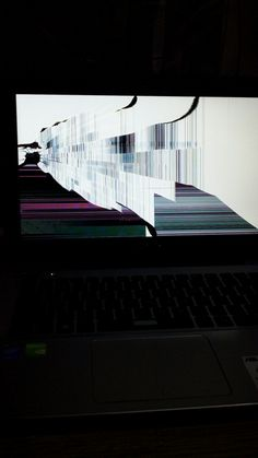 Cracked screen #aesthestic Cracked Screen, Aesthetics