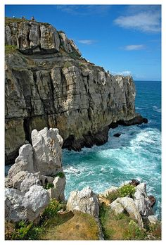 Cantabria - España ~~ For more:  - ✯ http://www.pinterest.com/PinFantasy/viajes-espa%C3%B1a-en-im%C3%A1genes/