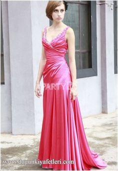 boncuklu v yaka kırmızı uzun elbise