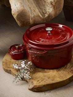 Grenade Red - Żeliwny garnek z porcelanową emalią, 5,2 l, Ø 26 cm