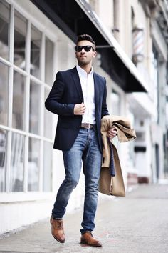 blue jeans, a cripy white shirt, a navy blazer, cognac shoes for an accent
